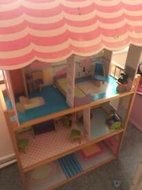 Beautiful dolls house with furniture