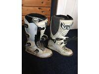 Motor cross boots size 8.5