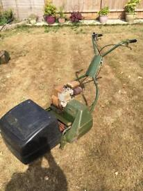 Petrol Lawnmower - Briggs and Stratton