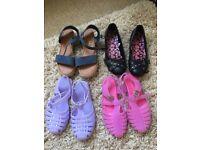 Girls sandals/ shoes size uk 3