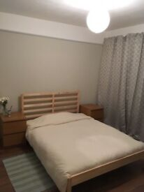Room to let in a share 3 beds flat