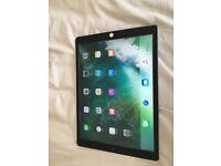 iPad Pro 12.9 128gb wifi and cellular unlocked. Cracked screen