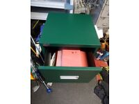 2 DRAWER FILING CABINET IN GREEN.