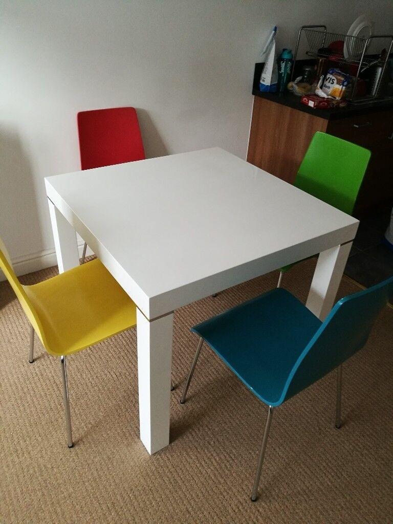 Harveys Morano High Gloss White Dining Table With 4 Wooden Chairs