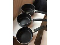 Tefal saucepans set of 3