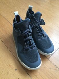Adidas Tubular X Shoes/Sneakers/Trainers - Grey & White