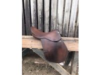Brown Leather Newmarket saddle
