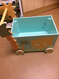Children's Toy Trolley in great condition, all in good working order