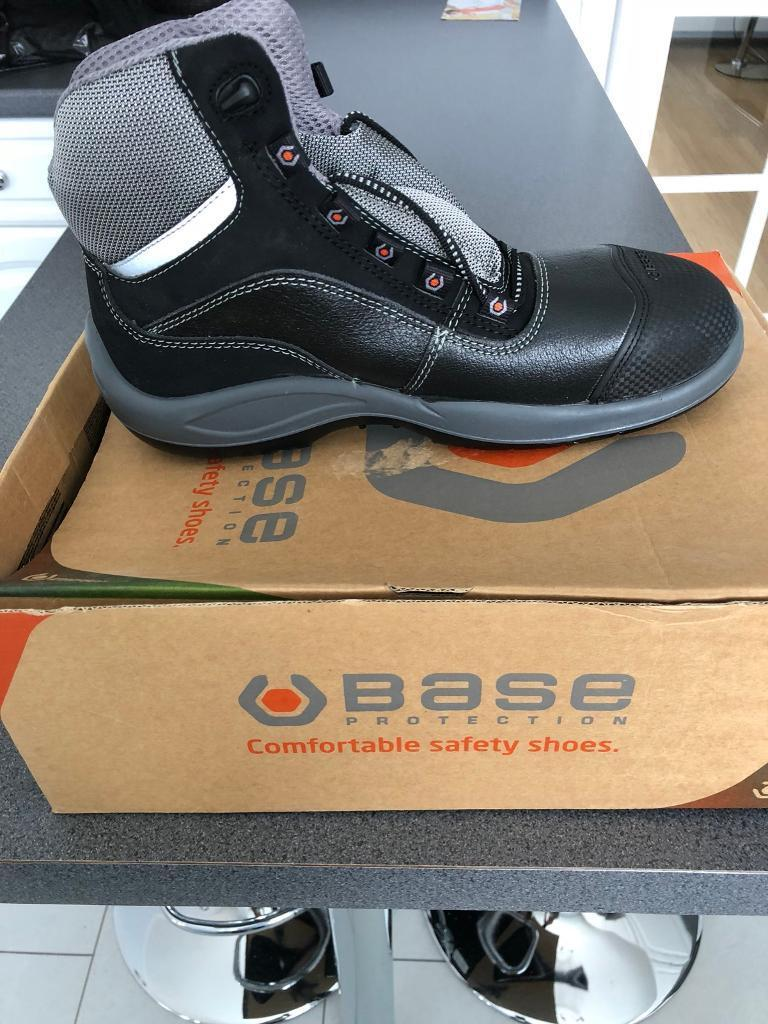 9dfaabad964 BASE Safety boots size 8 | in Aberdeen | Gumtree