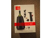 Vacu Vin wine set in original packaging