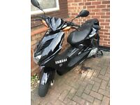 Black Yamaha Aerox 50cc 2009 in excellent condition