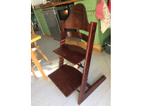 For sale: Tripp trap highchair by Stokke