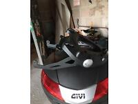 Mt09 tracer givi top box