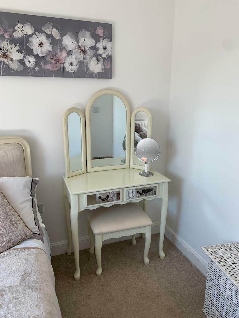 Pleasing Bedroom Furniture For Sale In Bromham Bedfordshire Gumtree Home Interior And Landscaping Staixmapetitesourisinfo