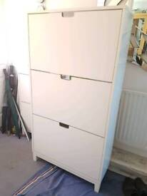 Ikea Stall Large white shoe storage cabinet holds 18 pair of shoes