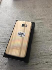 Samsung Galaxy s7 edge Gold 32gb unlocked with Samsung warranty