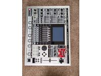 Roland mc-909 excellent used condition.