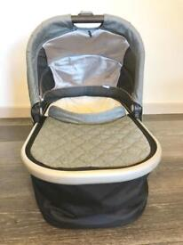 UppaBaby Universal Carrycot 2017 - Gregory