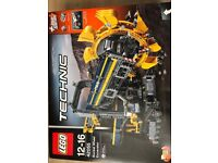 Lego 42055 brand new technic bucket wheel excavator