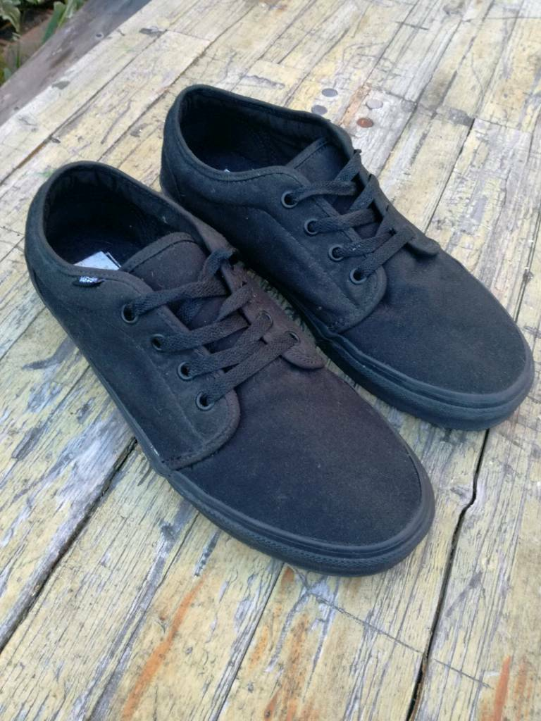2fb88b04bf06 Vans Trainers All Black Mens size 10