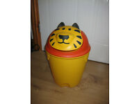 CHILDS NOVELTY BEDROOM BIN - TIGER! BEAUTIFUL!