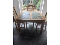 Square table seat 4 - extendable to 6