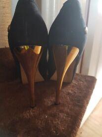 Lovely Blink heels size 6