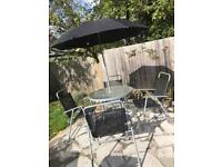 Garden x4 chair and table, no rusty