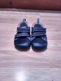 Baby boys clarks shoes size 3 G