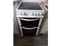 LOGIK LFTC50W16 Electric Ceramic Cooker - White **PLEASE READ DESCRIPTION**