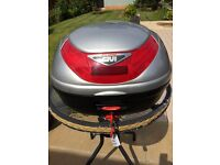 Givi Flow Top Box & Bracket for Honda CBF Model