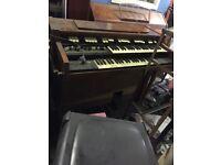 Hammond organs 102