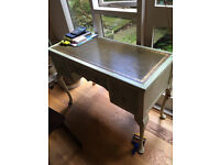 French-style writing desk - shabby chic !