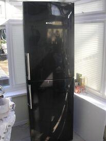 HOTPOINT Fridge Freezer / Shiny Gloss Black Effect