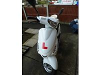 2013 Peugeot V Clic 50 EVP 2 Scooter (White), 9 Months MOT - 5920 KM On Clock