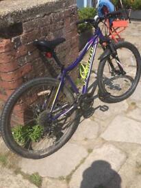 """Woman's Specialized Mountain Bike 27.5"""""""
