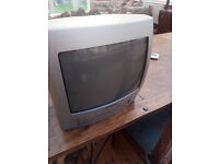 """14"""" Portable Television TV with Remote & DVD in Lowestoft £7.00"""