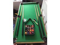 Pool table/table hockey
