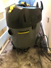 Karcher wet and dry vac