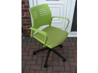 Green Office Arm Chair Swivel Seat Height Adjustable Gas Lift Caster Wheels