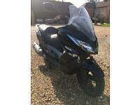 Kawasaki J300 ABS scooter FSH just serviced