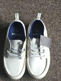 Size 12 boys shoes