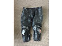 Alpinestars leather trousers size 60 (Dainese Rst)
