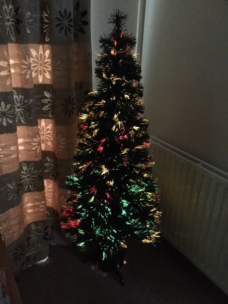 FIBRE OPTIC 4FT CHRISTMAAS TREE