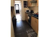 Renting a double room box 10 minutes way from East Ham station,£85 weekly.