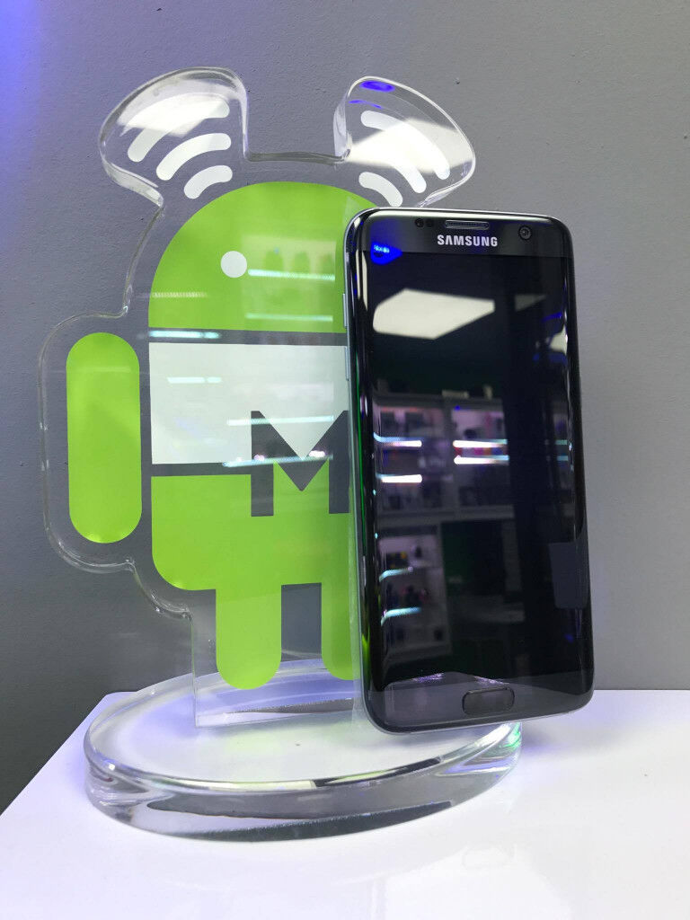 Samsung S 7 EDGE SIM FREE GRADE A black onyx comes with charger and three months warranty