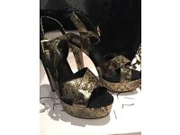Black/Gold High Heels Size 6 Topshop brand Worn Once excellent condition. Box and heel replacements