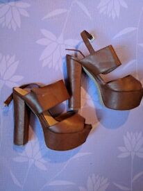 New Look Size 5 Brown Thick Heels Sandals Platform Shoes