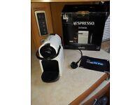Nepresso Inissia Coffee machine Boxed like new
