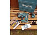 Makita 1st fix nail gun